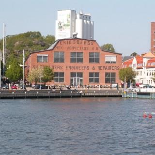 Gå på korvfestival i Eriksbergshallen